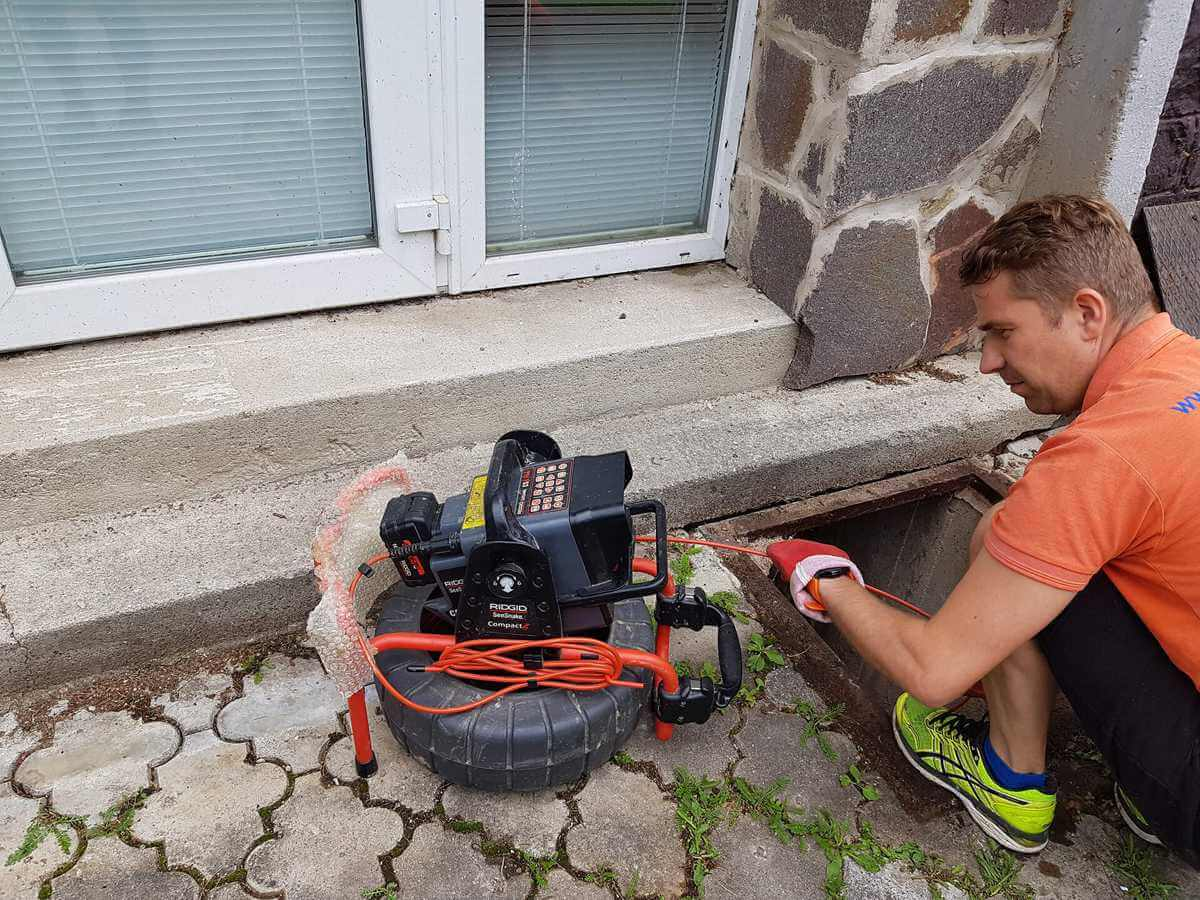 Monitoring potrubia - kamerové skúšky - kontrola odpadu kamerou