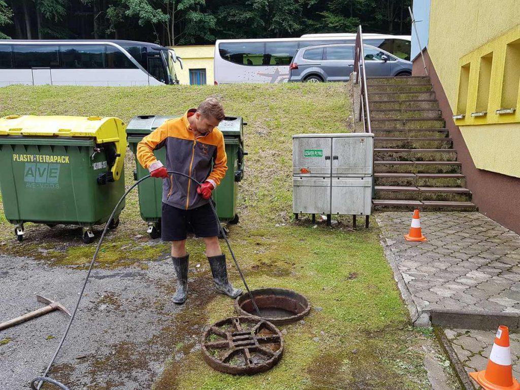 Vysokotlakové čistenie kanalizácie
